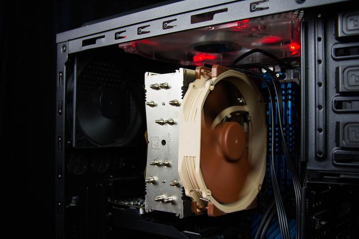 パソコン CPUファン