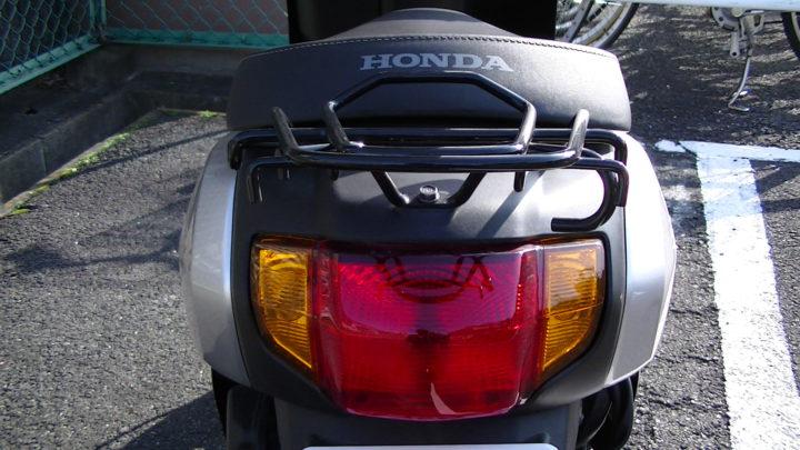 ホンダ原付スクーター「タクト」テールランプ